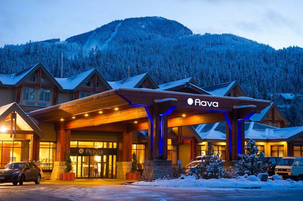 Alle comfortabele hotels in Whistler Village zijn vlakbij de pistes gelegen en op loopafstand van de winkels en bars