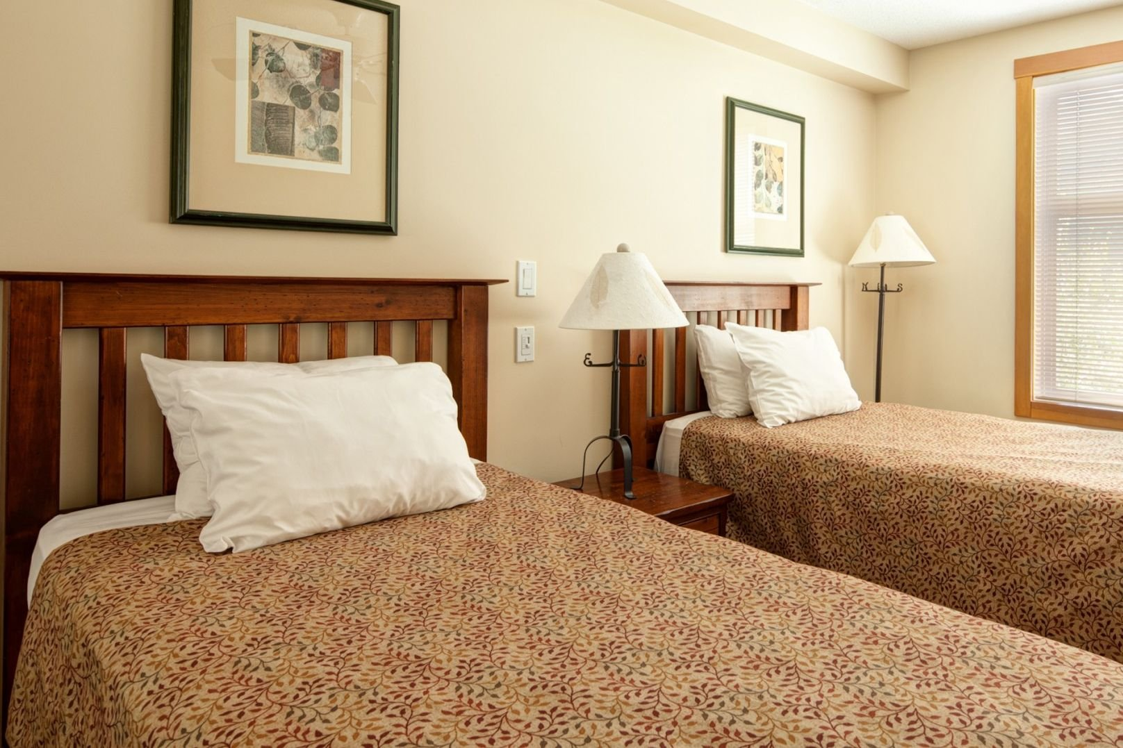 Panorama Mountain Village - tamarack bedroom 2.jpg