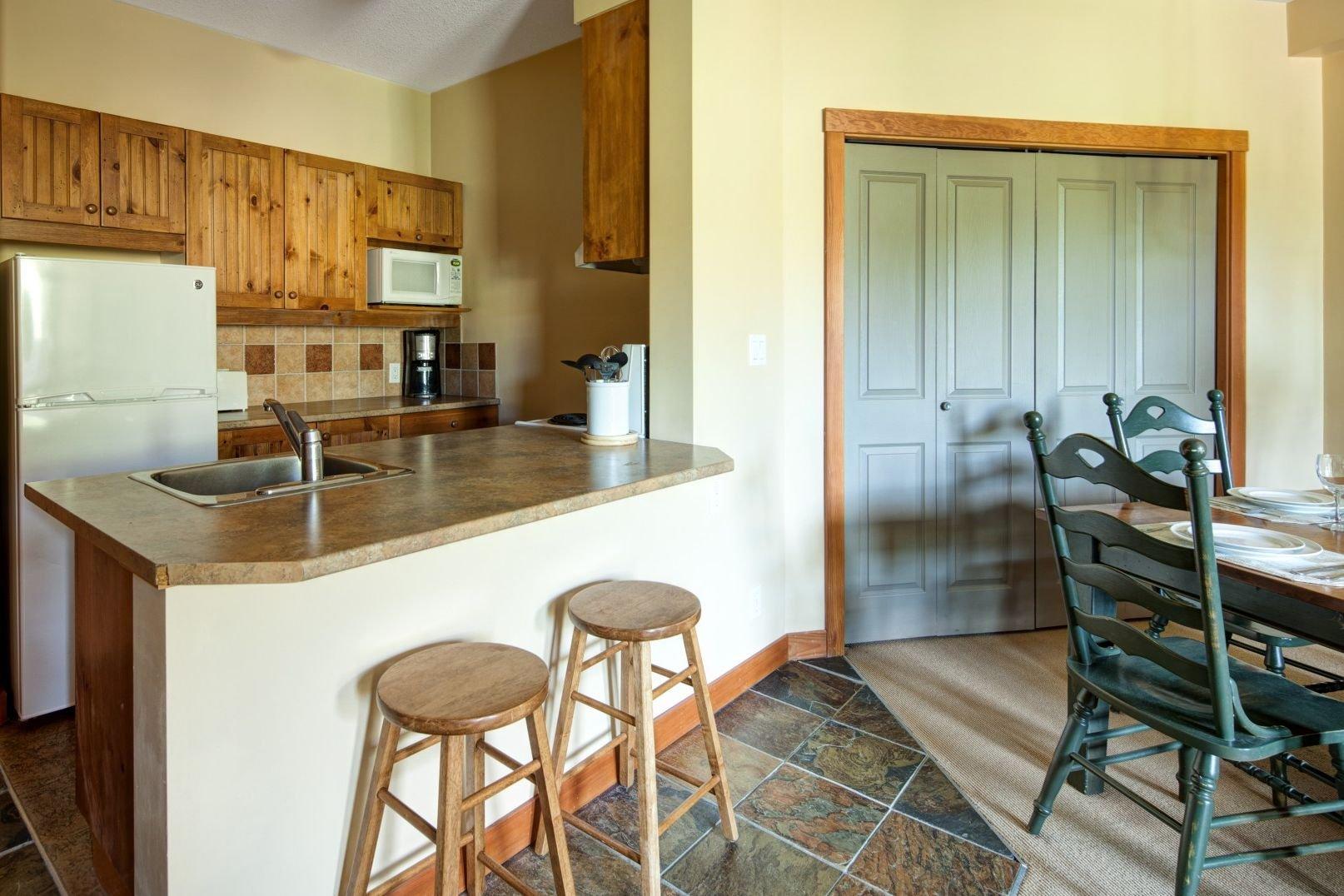 Panorama Mountain Village - panorama springs lodge kitchen 2.jpg