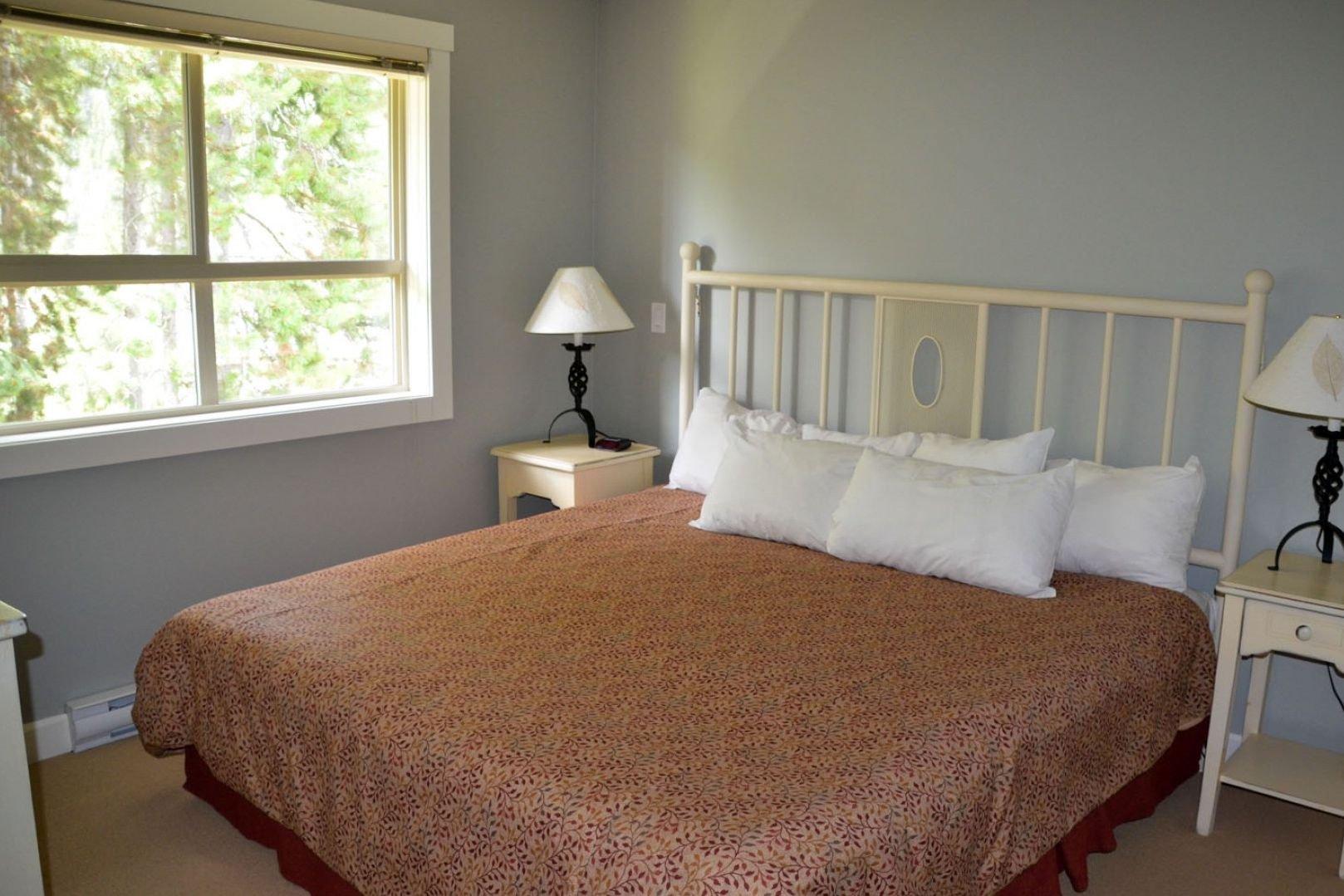Panorama Mountain Village - aurora townhomes master bedroom.jpg