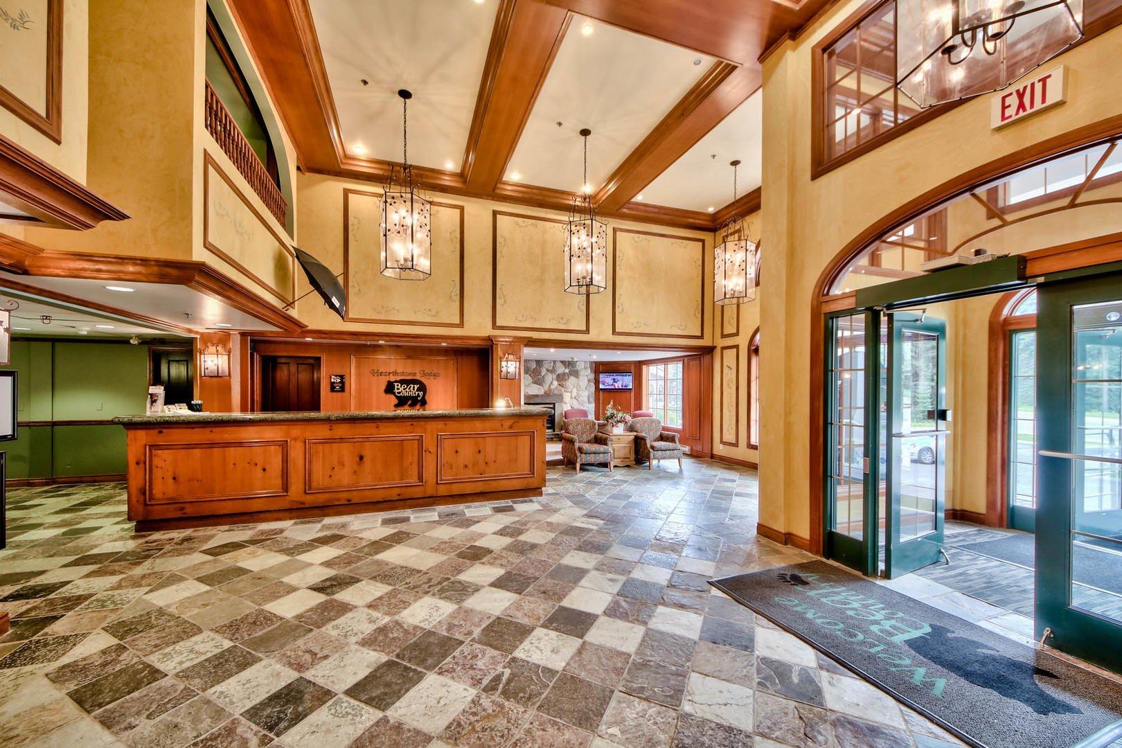 sun peaks hearthstone lodge lobby_1.jpg