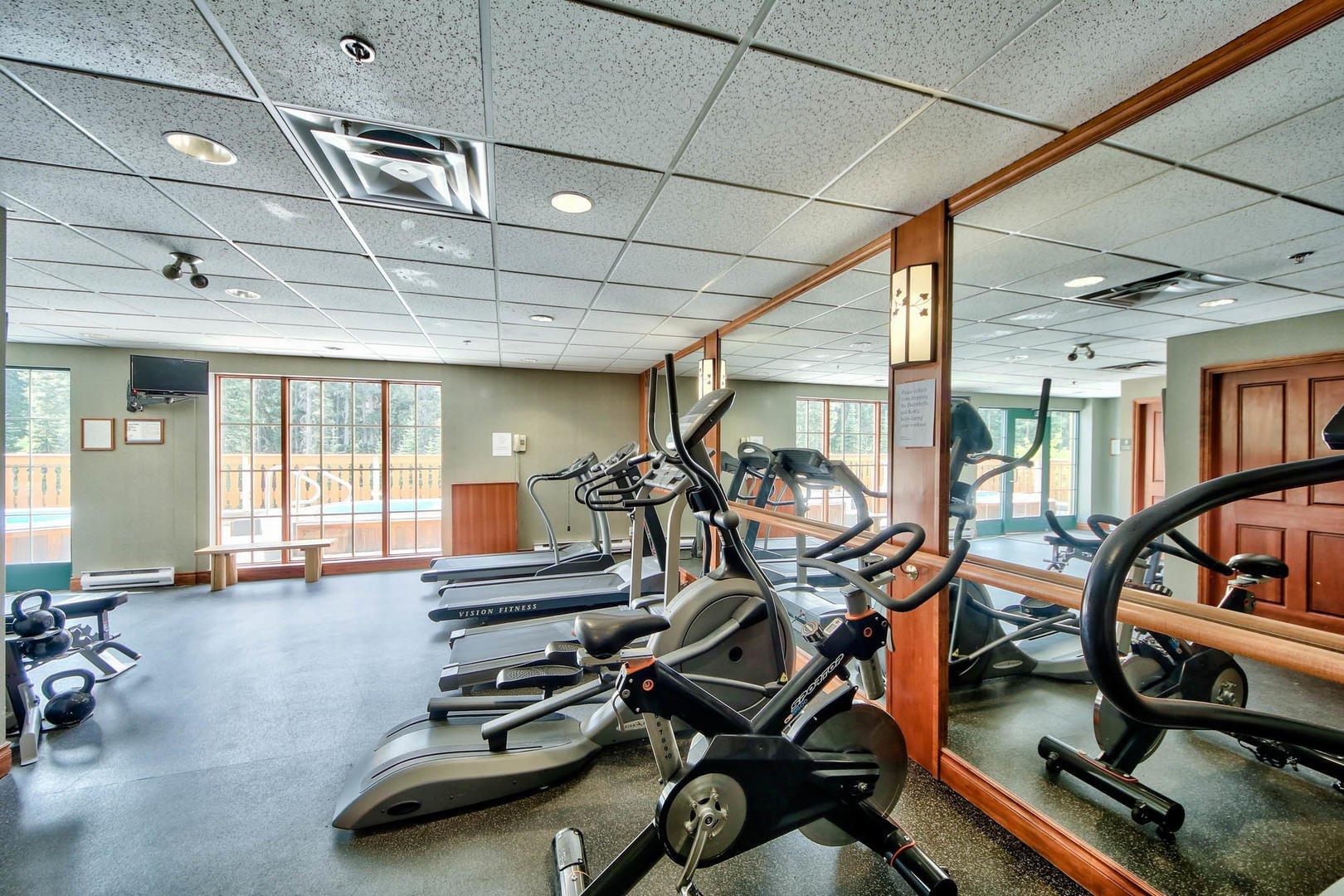 sun peaks hearthstone lodge fitness room.jpg