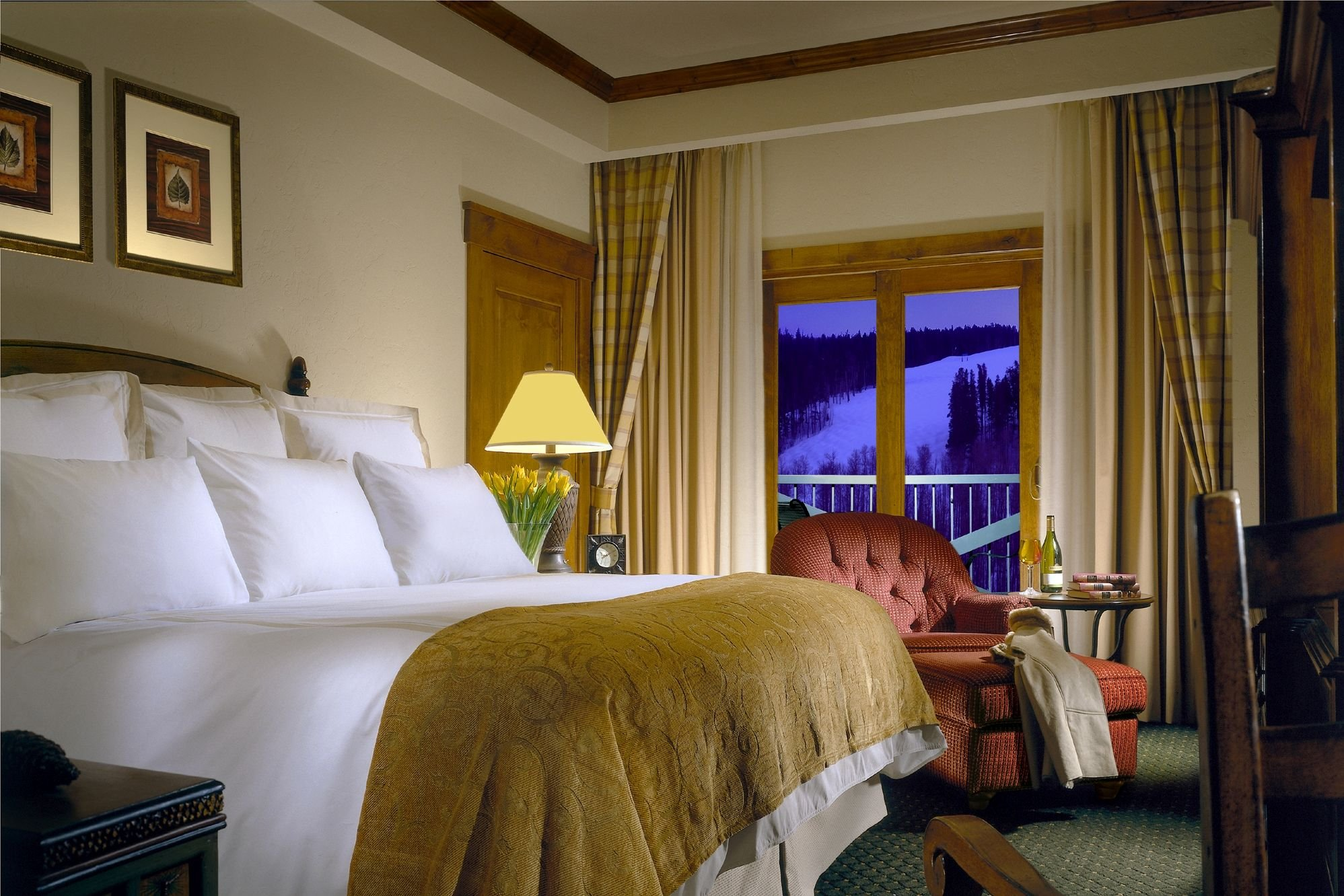 vail marriott guestroom.jpg
