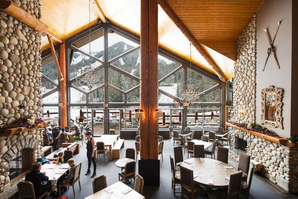 Fernie - Lizard Creek Lodge restaurant