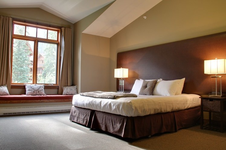 Kicking Horse - Copper Horse Lodge deluxe suite