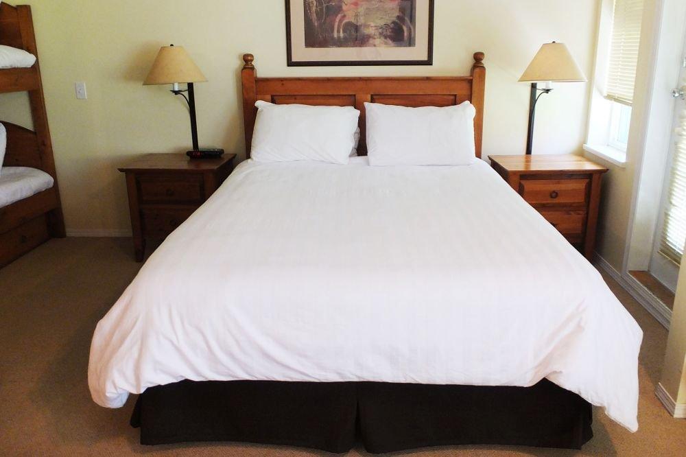 Silver Star - Silver Creek Lodge Bachelor studio bedroom