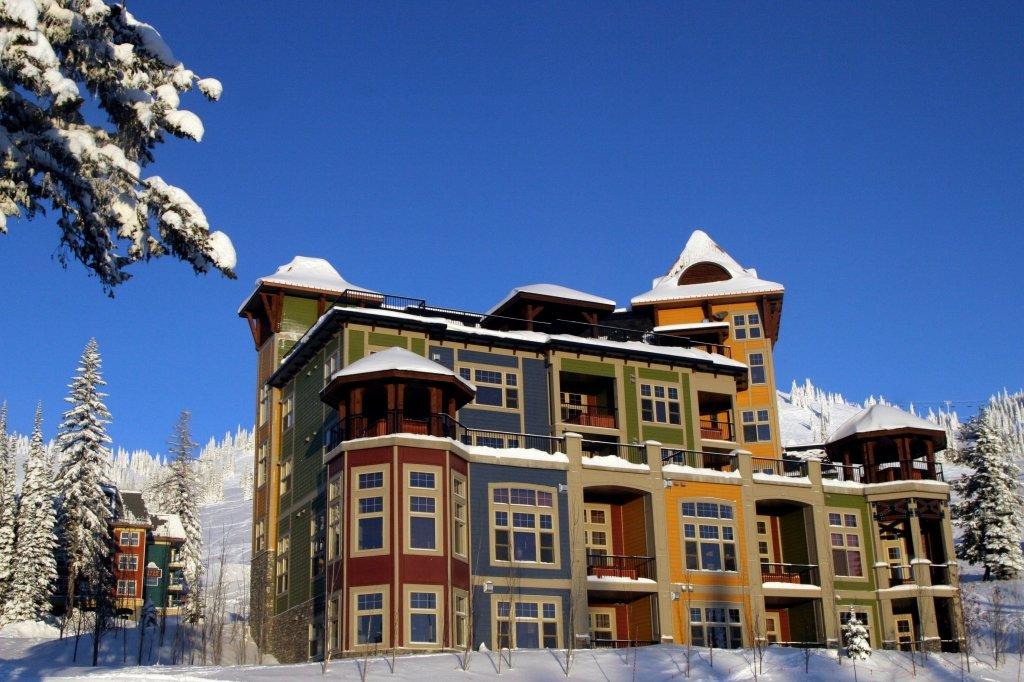 Silver Star - Snowbird Lodge exterior