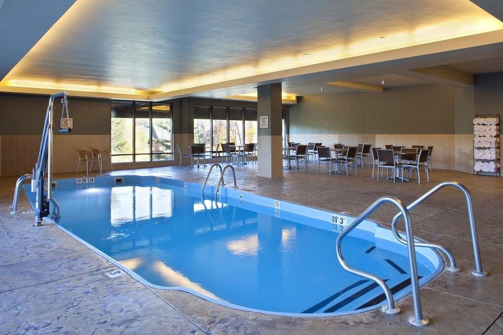 Breckenridge - Double Tree pool