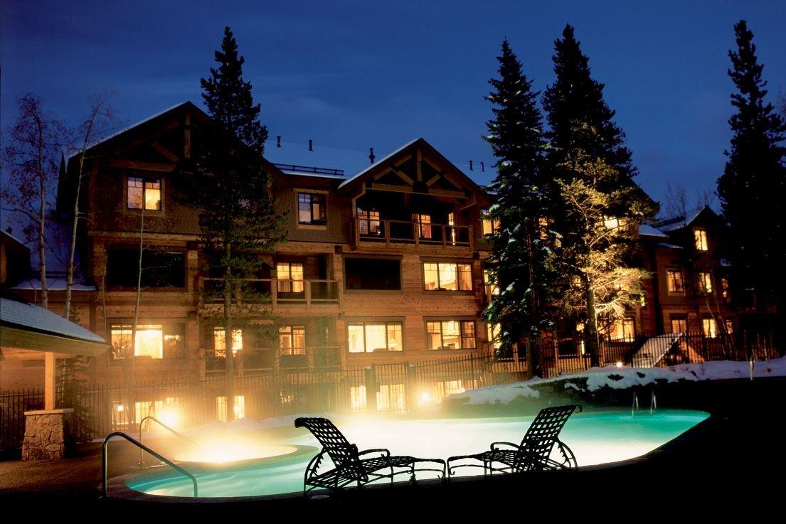 Breckenridge - Mountain Thunder Lodge outdoor pool