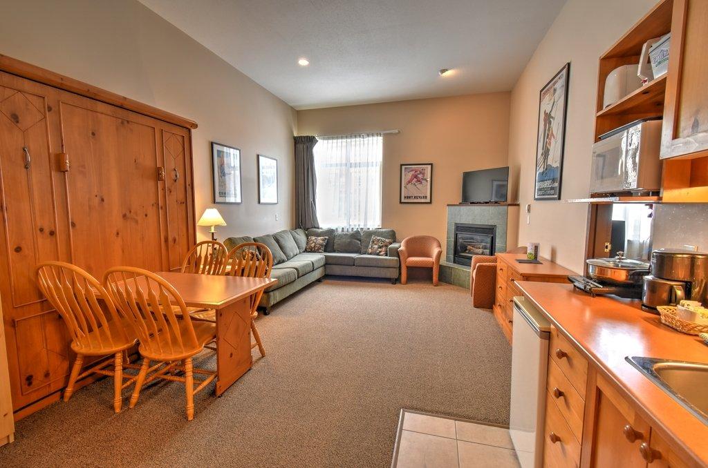 Inn at Big White 1 bedroom.jpg