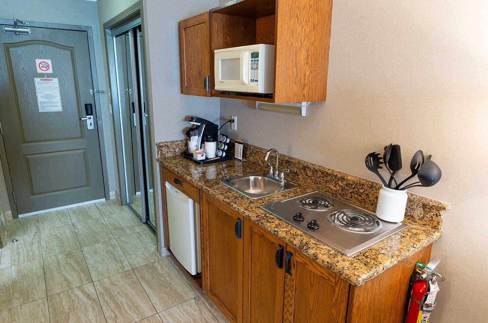 best western fernie mountain lodge executive suites op aanvraag.jpg
