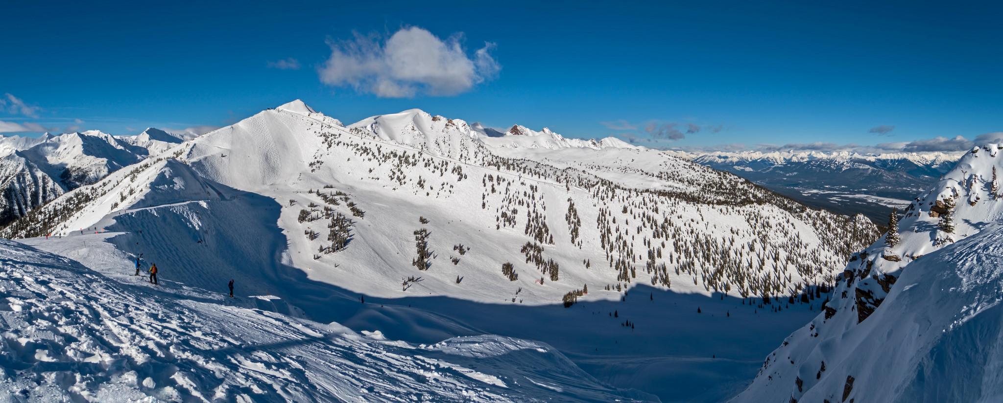 De Rocky Mountains zijn niet alleen gelegen in Amerika maar ook in Canada. Deze bergen vind je in British Columbia en Alberta