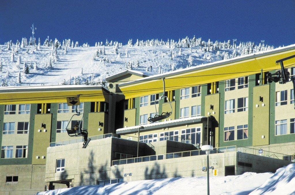 Big White - Inn at big white exterior