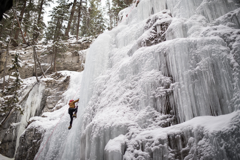 Iceclimbing Jasper