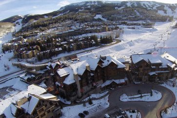 Snowmass - The Crestwood exterior