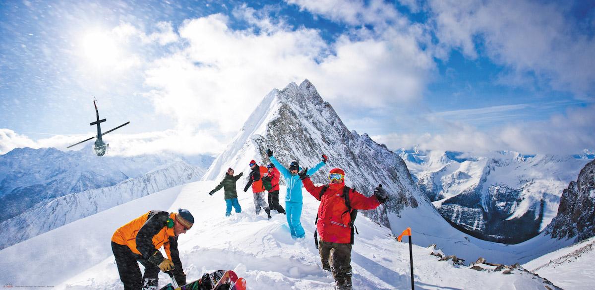 Je kunt in Panorama lekker skiën, helikopterskiën, in de grootste hottub aan de piste dobberen en natuurlijk heerlijk wintersporten