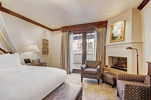 Vail - The Arrabelle deluxe room