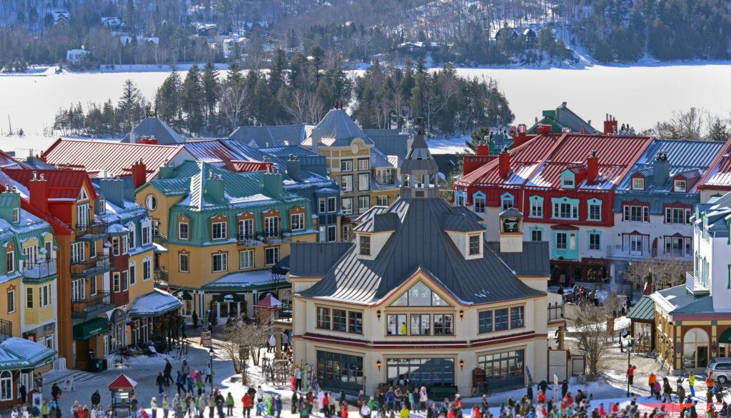 Het prachtige Mont Tremblant ligt in het oosten van Canada, je bent er snel met een vlucht van 6 uur.