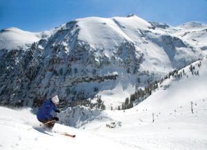 Wintersport in Canada of Amerika, leer de skitermen die specifiek zijn voor je skivakantie zoals Bowls