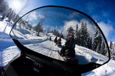 Snowmobile Whistler TAG