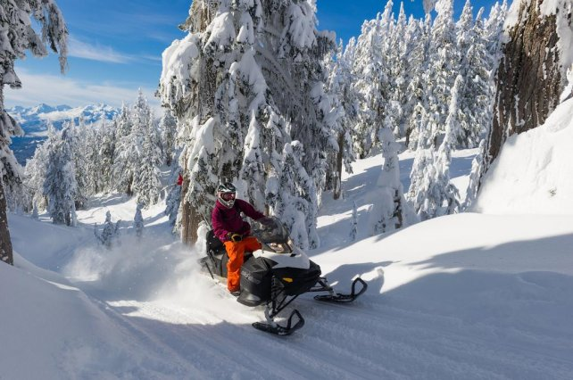 Sneeuwscooter Whistler