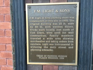 F.M. Light & Sons is een Steamboat Springs icoon van vijf generaties oud en alive&kicking sinds 1905.