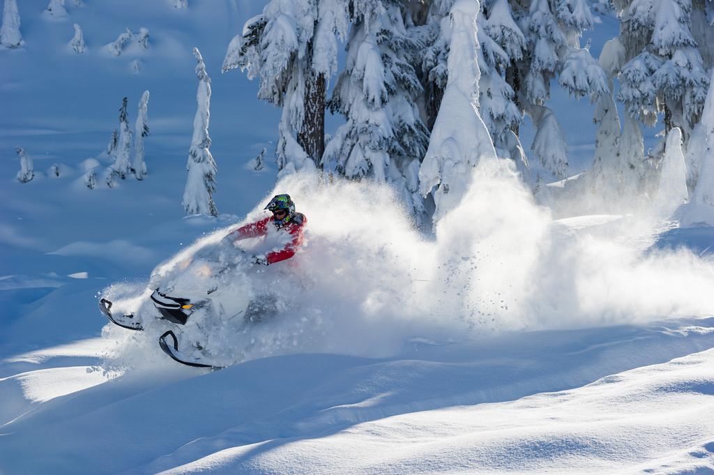 Bekijk de aanbieding van Air Canada naar het wintersportgebied van Whistler inclusief vlucht, vervoer, liftpas en hotel