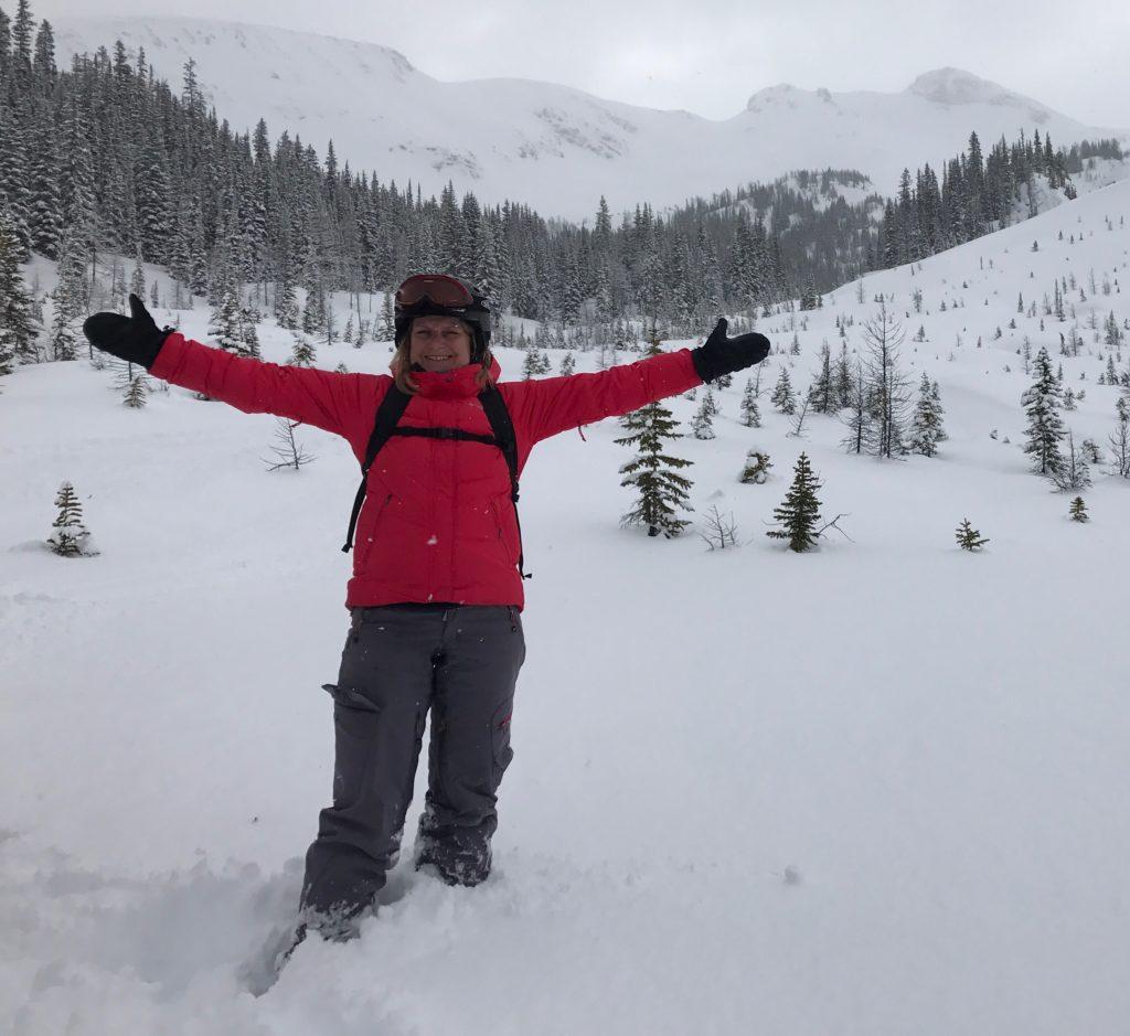 Verblijf je in Banff Alberta, dan is het 2 uur rijden naar Panorama voor deze typische Canadese heli-skitrip