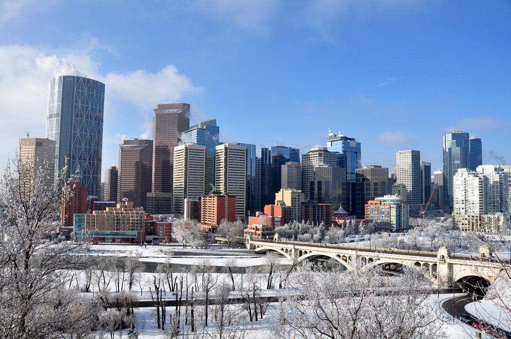 Als je in Calgary Alberta bent bezoek dan een ijshockey wedstrijd van de befaamde Calgary Flames in het Scotiabank Saddledome
