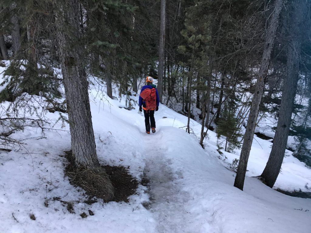 Hoogtepunt tijdens je verblijf is het ijsklimmen in Jasper. Lees hier hoe Josee heel stoer het avontuur aanging met als conclusie gaaf en spierpijn