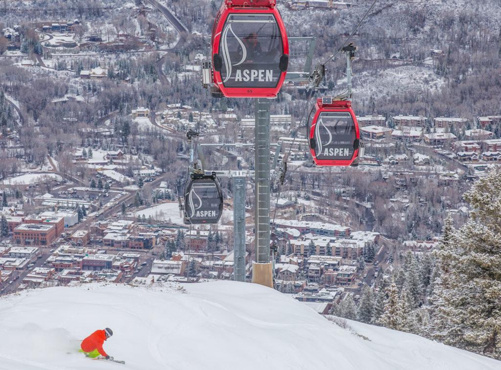Het mondaine Aspen ligt in de staat Colorado in de Rocky Mountains ligt een paar uur rijden van de luchthaven Denver