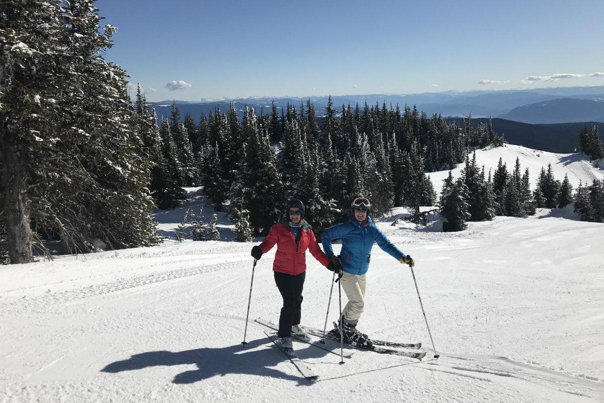 Josee en Else aan het skien in Sun Peaks BC Canada