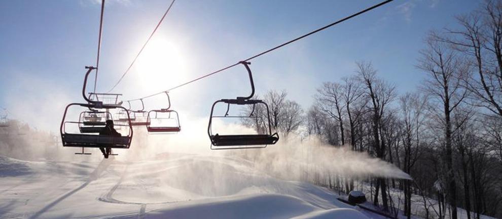 De Mont Tremblant is het bekendste skigebied in de Laurentian Mountains