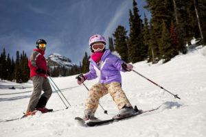 Wintersport in Canada of Amerika, leer de skitermen die specifiek zijn voor je skivakantie zoals Snow plow