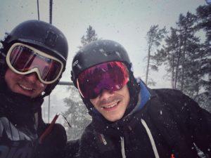 Wintersport in Canada of Amerika, leer de skitermen die specifiek zijn voor je skivakantie zoals Goggles