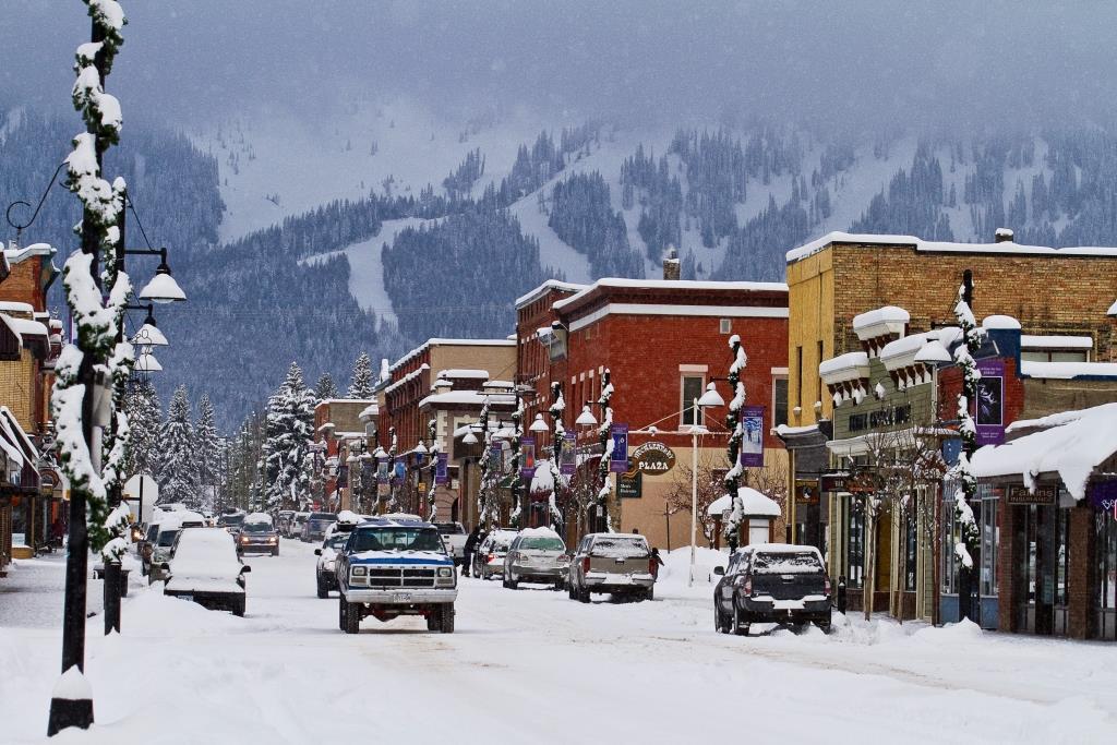 Start je reis in Fernie, een super gezellig dorp met een geweldig skigebied